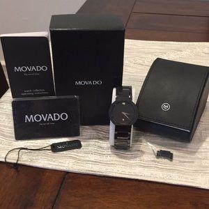 MOVADO men's black ceramic watch